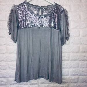 NWT POL gray sequin top size L
